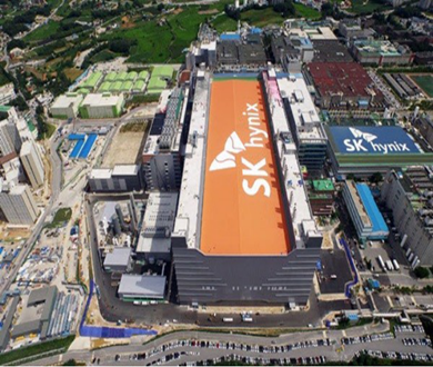 Samsung and SK Hynix introduced EUV in DRAM production, but Micron did not follow up. - 圖片